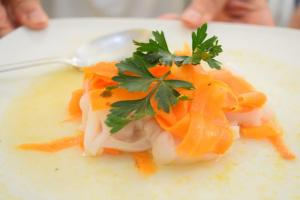Calamari Tintenfisch mit Karotten