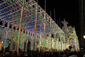 San Nicola 6 Lichterdom seitlich